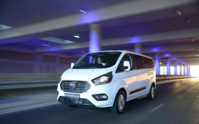 New Ford Tourneo Custom People Mover Offers the Best Seat in the House for Business or Leisure