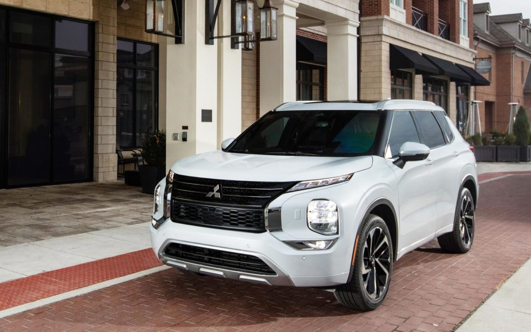 Mitsubishi Motors introduces all-new 2022 Outlander in world's first Amazon Live reveal event